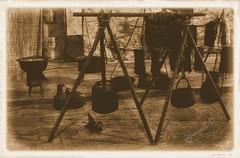 2019-010 HERRERIA (csgranell) Tags: csgranell sepia monocromo 2019 santmateu castellon comunidadvalenciana flick facebook old viejo antigüedad antigüedades feriamedieval fotocomposición ediciónfotográfica ediciofotografica