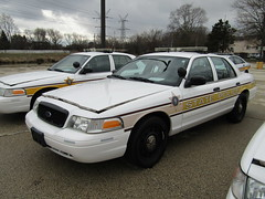 Illinois State Police (Evan Manley) Tags: illinoisstatepolice illinois police policecar statepolice fordcrownvictoria crownvic crownvictoria trooper