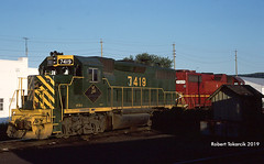 Mistaken Identities (NSHorseheadSD70) Tags: robert tokarcik trains railroads railways locomotives emd delaware hudson dh gp392 gp382 binghamton new york ny reading lehigh valley rdg lv