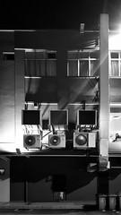 climatisation (gribsy) Tags: rue mur