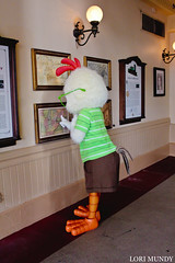 Chicken Little (disneylori) Tags: chickenlittle meetandgreetcharacters disneycharacters characters magickingdom waltdisneyworld disneyworld wdw disney