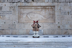 Evzones on guard (ArmanWerthPhotography) Tags: armanwerthphotography evzones athens greece tomboftheunknownsoldier