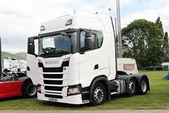 Scania S500 BJ68EOK Malvern Truckfest 2019 (davidseall) Tags: scania s500 bj68eok malvern truckfest 2019 truck lorry show large heavy goods vehicle lgv hgv v8 white unmarked bj68 eok worcestershire uk tractor unit artic