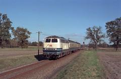 216 173 Rieste (Kr Bersenbrück) (A. Lippincott) Tags: db bahn zug train eisenbahn diesel baureihe 216 v160 niedersachsen rieste kreis bersenbrück nebenbahn herbst rural 1997