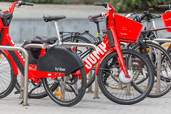 Jump electric scotters for rent by Uber on the streets of Brussels, Belgium (verchmarco) Tags: festival tomorrowland europa belgium brussel europe 2019 brüssel music regionbrüsselhauptstadt belgien bike fahrrad wheel rad street strase transportationsystem transportsystem cyclist radfahrer bicycle biker seated sitzen road brake bremse city stadt ride reiten traffic derverkehr tire reifen rollalong entlangrollen classic klassisch vehicle fahrzeug old alt travel reise handlebar lenker