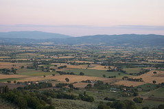 Assisi, Perugia, Italy (Tokil) Tags: assisi perugia umbria italia italy nature landscape hills mountain countryside colors sunset sunsetcolors sunsetlight travel nikond90