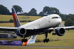 Boeing 757 N718TW Delta Airlines - Edinburgh Airport 19/7/19 (robert_pittuck) Tags: boeing 757 n718tw delta airlines edinburgh airport 19719