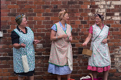 Housewives (f22photographie) Tags: bclm blackcountrylivingmuseum bclm1940sweekend2019 1940sweekends fashion periodcostume reenactors dudley housewives smoking womensmoking conversation ladiesheadwear glasses