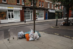 20190715T05-38-56Z (fitzrovialitter) Tags: peterfoster fitzrovialitter city camden westminster streets urban street environment london fitzrovia streetphotography documentary authenticstreet reportage photojournalism editorial daybyday journal diary captureone ricohgriii apsc 183mm ultragpslogger geosetter exiftool
