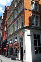 Butchers Hook & Cleaver, London EC1. (piktaker) Tags: london londonec1 ec1 pub inn bar tavern pubsign innsign publichouse fullers butchershookcleaver