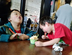 Liam and Isaac eating ice cream at South Melbourne Market (avlxyz) Tags:
