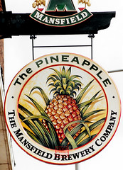 PINEAPPLE sign    1992 (chrisdpyrah) Tags: leicester leicesterpubs lostpubs pineapple burleys mansfield fruit pub sign closed brewery
