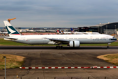 Cathay Pacific | Boeing 777-300ER | B-KPF | London Heathrow (Dennis HKG) Tags: aircraft airplane airport plane planespotting oneworld canon 7d 70200 london heathrow egll lhr cathay cathaypacific cpa cx boeing 777 777300 boeing777 boeing777300 777300er boeing777300er bkpf