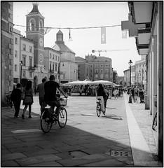 Rimini Centro_Rolleiflex 3.5B (ksadjina) Tags: 6x6 fujiacros100 italia marcheedabruzzo2019 nikonsupercoolscan9000ed rimini rodinal rolleiflex35b silverfast analog centro estate film scan