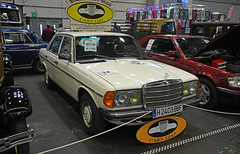 Mercedes Benz 240 D (W 123) - 1982 // H-2403 BBF (baffalie) Tags: auto voiture ancienne vintage classic old car coche retro expo espagne sport automobile racing motor show collection club course race circuit spain spanish fiera