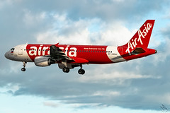 Philippines AirAsia - Airbus A320-216 / RP-C8941  @ Manila (Miguel Cenon) Tags: airasia airasia320 airasiaph airasiaa320 airplane airplanespotting apegroup appgroup airport airbus airbusa320 a320 ppsg planespotting philippines manila nikon naia rpll d3300 narrowbody twin twinengine sky fly flying wings cockpit jet aircraft grass city building skyscraper road rpc8941