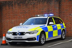 CN17 BSX (S11 AUN) Tags: gwent police heddlu bmw 330d estate touring anpr traffic car rpu roads policing unit 999 emergency vehicle cn17bsx
