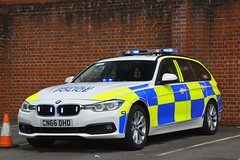CN66 DHD (S11 AUN) Tags: gwent police heddlu bmw 330d estate touring anpr traffic car rpu roads policing unit 999 emergency vehicle cn66dhd