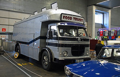 "Camion Pegaso "" Food truck "" // LO 3914 C (baffalie) Tags: auto voiture ancienne vintage classic old car coche retro expo espagne sport automobile racing motor show collection club course race circuit spain spanish fiera"