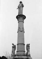 Oakland Cemetery in Atlanta (ScottWarren86) Tags: kodak trix400 trix blackandwhite mono monochrome bw film lumensphotolab pentax pentaxlx overcast cloudy oakland cemetary atlanta planart1450