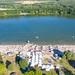 Blick aus dem Norden auf den Sandstrand am Otto-Maigler-See in Hürth, Deutschland