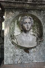 2019-07-20_monumentale_0261 (Alessandro Amodio) Tags: cimitero statue esterni tombe milano lombardia italia