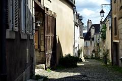 Bourges (jeanmichelpereira) Tags: street rue bourges pavé ancien vieux