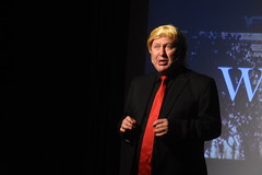 DSC_6516 (Peter-Williams) Tags: brighton sussx uk pier horatios comedy theatre cabaret satire event performance treasonshow