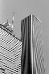 LeicaCLTriXCanonLTM5018July2019-14 (chicago8c) Tags: leicacl analog blackandwhite canon50mm18ltm canonltm50mm18 chicago classiclens film filmphotography kodak kodaktrix leica leicathreadmount ltm street streetphotography trix
