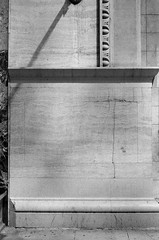 LeicaCLBerlin400CanonLTM5018July2019Exports-3 (chicago8c) Tags: leicacl trix400 analog canon50mm18ltm canonltm50mm18 chicago city classiclens film filmphotography illinois kodak kodaktrix leica leicathreadmount lomographyberlin400 ltm street streetphotography trix urban