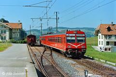 RBDe 4/4 II in Schafhausen, P9146687-1 (Swiss Railway Photography) Tags: rbde44ii schafhausen pendelzug 1990 olympus rot ebtsmbvhb