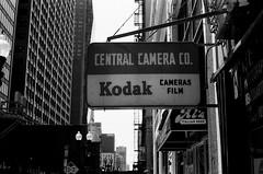 LeicaCLTriXCanonLTM5018July2019-18 (chicago8c) Tags: leicacl analog blackandwhite canon50mm18ltm canonltm50mm18 chicago classiclens film filmphotography kodak kodaktrix leica leicathreadmount ltm street streetphotography trix