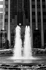 LeicaCLTriXCanonLTM5018July2019-10 (chicago8c) Tags: street leica ltm blackandwhite chicago film analog kodak trix streetphotography kodaktrix classiclens filmphotography leicacl leicathreadmount canon50mm18ltm canonltm50mm18