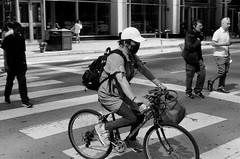 LeicaCLBerlin400CanonLTM5018July2019Exports-15 (chicago8c) Tags: leicacl trix400 analog canon50mm18ltm canonltm50mm18 chicago city classiclens film filmphotography illinois kodak kodaktrix leica leicathreadmount lomographyberlin400 ltm street streetphotography trix urban