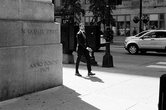 LeicaCLBerlin400CanonLTM5018July2019Exports-4 (chicago8c) Tags: leicacl trix400 analog canon50mm18ltm canonltm50mm18 chicago city classiclens film filmphotography illinois kodak kodaktrix leica leicathreadmount lomographyberlin400 ltm street streetphotography trix urban