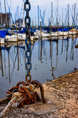 Boat Chain (grace3737) Tags: argentina olivos buenosaires nikon d7200 handheld highiso chain rope soga cadena bote boat puerto rust oxido marina