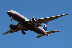 N225UA   Boeing 777-222ER [30554] (United Airlines) Home~G 25/11/2009 (raybarber2) Tags: 30554 airliner cn30554 egll filed flickr n225ua planebase raybarber usacivil