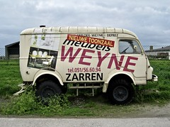 1952-1969 RENAULT R2087 Sinpar 4x4 Ex-Military Ambulance (ClassicsOnTheStreet) Tags: plg379 renault r2087 4x4 exmilitary ambulance 19521969 renaultr2087 4wd awd 1000kg 1400kg goélette voltigeur exambulance legervoertuig armyvan military van bus bestelbus fourgon fourgonne kastenwagen lieferwagen panelvan 50s 1950s 60s 1960s classiccar classic oldtimer klassieker veteran oldie classico gespot spotted carspot diksmuide n35 belgië belgique belgium b 2012 straatfoto streetphoto streetview strassenszene straatbeeld classicsonthestreet reclamebus weyne zarren billboard sinpar