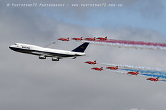 7457 RAFAT & BOAC BA 747 flypast (photozone72) Tags: riat fairford aircraft airshows airshow aviation canon canon7dmk2 canon100400f4556lii 7dmk2 raf rafat redarrows reds redwhiteblue ba britishairways ba100 boeing747 jumbojet flypast hawk