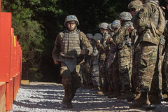 10th Regiment, Advanced Camp Cadets learn how to throw a grenade during Cadet Summer Training at Fort Knox, Ky., July 20. (armyrotcpao) Tags: cst2019 10thregiment advancedcamp army armyrotc cst cadetsummertraining fortcarson fortknox grenaderange ltgentheodoredmartin majgen majgenjohnrevansjr tradoc thomasrosales