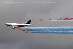 7474 RAFAT & BOAC BA 747 flypast (photozone72) Tags: riat fairford aircraft airshows airshow aviation canon canon7dmk2 canon100400f4556lii 7dmk2 raf rafat redarrows reds redwhiteblue ba britishairways ba100 boeing747 jumbojet flypast hawk
