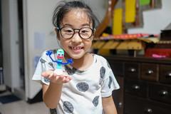 20190720 (直髮盧女士與捲毛壞脾氣小姐) Tags: 咪比 365 成長紀錄 child children girl kids mibi