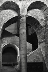 - (txmx 2) Tags: marseille sw bw kirche church stvictor krypta interior architecture building