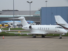 OH-ADM Bombardier Challenger 350 (Jetflite) (Aircaft @ Gloucestershire Airport By James) Tags: luton airport ohadm bombardier challenger 350 jetflite bizjet eggw james lloyds