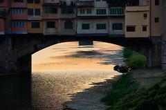 Ponte Vecchio - Firenze, Italia (Ernst_P.) Tags: pontevecchio italien florenz firenze brücke fluss arno italia sonnenuntergang abendrot toscana