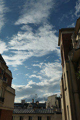 Early evening blue sky and clouds (Monceau) Tags: sky clouds early evening buildings paris 201365365picturesin2019365the2019edition 3652019 day201365 20jul19