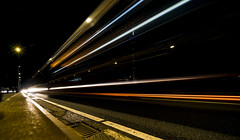Laser beams (Iso_Star) Tags: sony ilce7m3 samyangaf14mmf28 samyang 14mm strasse street nacht night city düsseldorf