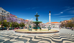 _DS16664 - Praça Dom Pedro IV, Lisbon (AlexDROP) Tags: 2019 portugal lisboa lisbon europe art travel architecture color wideangle city statue square people nikond750 tamronaf1735mmf284diosda037 best iconic famous mustsee picturesque postcard circpl