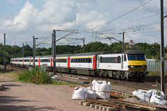 90002 Haughley Junction 18/07/19 - 90002 speeds through Haughley Junction with the 1600 Norwich to London service. The former site of Haughley station is now a dumping ground for Network Rail. (rhayward92) Tags: haughley junction geml great eastern main line uk railway trains 90002 abellio greateranglia 1p51