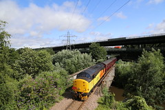 37521 Tinsley Sth 20 Jul 19 (doughnut14) Tags: 37521 colas rail diesel loco luca pezzulo tinsley branchlinesociety gc greatcentral express cum viaduct sheffield southyorkshire 1z40 don river martinhouse